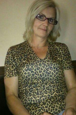 Rosmarie, 65 (ZG)